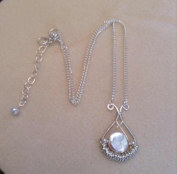 Freshwater Pearl Handcrafted Pendant Necklace N6151716