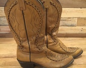 DAN POST BOOTS - vintage cowboy western boots - tan brown tooled leather - embroidered - size 9