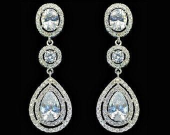 Rhinestone drop earrings, statement earrings, diamond earrings, long bridal earrings, luxury bridal earrings