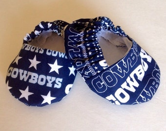 Blue Dallas Cowboys baby booties, cowboys baby booties, dallas cowboys baby shoes, soft sole baby shoes