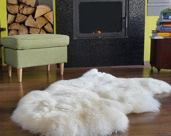 "BIG SHEEPSKIN XL White Throw Genuine leather Sheep Skin 48 ""x 28""  Decorative rug Natural comfy, cozy, hair is very thick, shiny !"