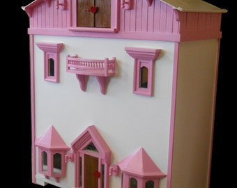"""Victorian Doll House, suitable for American Girl or any 18""""doll"""