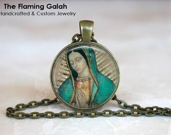 MADONNA Pendant • Virgin Mary • Blessed Virgin • Mother of Jesus • Our Lady Mary • Gift Under 20 • Made in Australia (P0642)