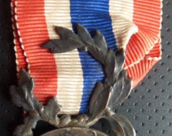 French Police 20 Years Long Service Medal. Hallmarked Silver. Named Reverse. Fabulous Condition