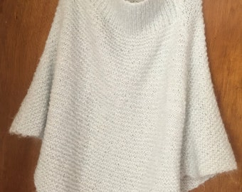 Vintage Woman's Hand Knitted Poncho Shoulder Shawl Shoulder Wrap One Size Pale Blue Cape