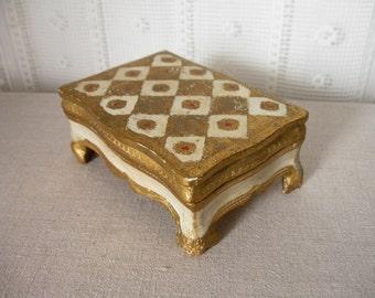 FLORENTINE WOODEN BOX / Vintage jewelry box / Italy / Italian / Trinket box / 50s / 60s / Souvenir box / White / Gold / Box on feet