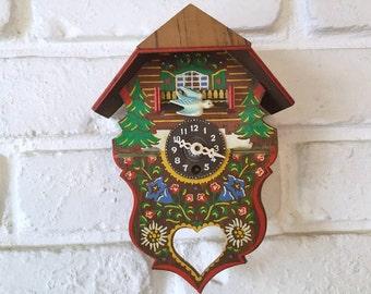 Vintage Beautiful Cuckoo Clock - Not working
