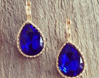 Blue Teardrops earrings, gold framed, vintage style, blue earrings, glass beaded earrings, brides jewelry, gift idea, beadwork.