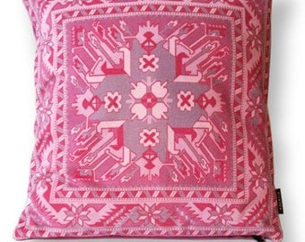 Pink velvet cushion cover ROSE QUARTZ