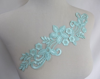 Venise Lace Applique Pair in Mint for Bridal, Wedding Applique, Lace Jewelry, Costumes