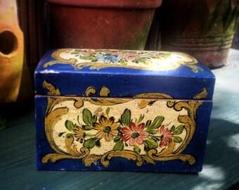Vintage Wooden Cigarette Box