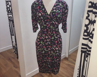 1980s Does 1950s Silk Mix Bright Graphic Swirl Print Button Front Wiggle Dress