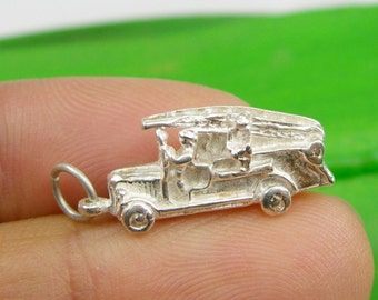 Genuine 925 Sterling Silver Solid 3 Dimensional Fire Engine Truck Firemen Fighter Pendant Charm - P137