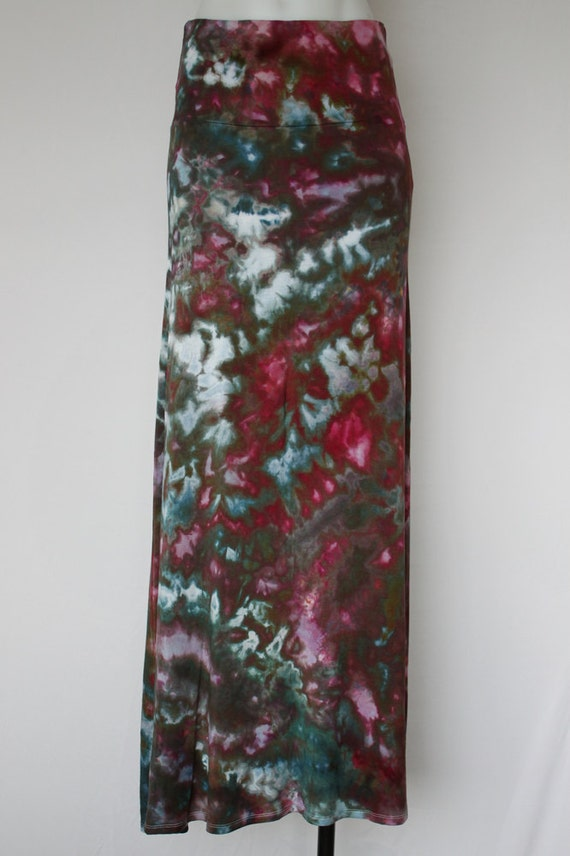 tie dye maxi skirt dyed size small tri berry cobbler