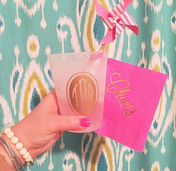 monogram shatterproof cups, personalized plastic cups, party cups, monogrammed frosted cups, wedding cup favors, gold monogram