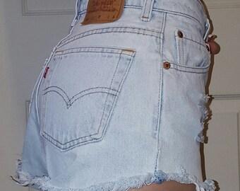 LEVI'S HIGH WAIST Vintage Jean Denim Shorts Destroyed Distressed Frayed 24 25 26 27 28 29 30 31 32 33 34 35 36 37 38 Authentic Gift Reworked