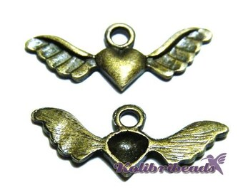 2x Angel Wing Heart Charm 28mm - Antique Gold