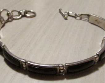 Sanel 925 Link Bracelet with Black Stone and Toggle Clasp