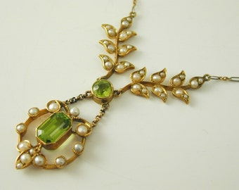 "Art Nouveau peridot & pearl necklace 15ct gold and platinum chain 16"" long"