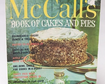 25% OFF STOREWIDE SALE Vintage McCall's Book of Cakes and Pies 1970s cookbook - 64 page soft cover mid-century dessert cooking book classic
