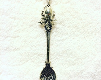 Silver Octopus Shell Spoon Charm Chain Necklace