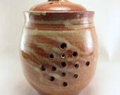 Cream Breaking Rust Garlic Jar/Candle Jar