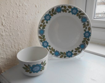 Vintage Retro 1960s (1967) J&G Meakin Topic Flower Print Sugar Bowl and Plate Well Loved