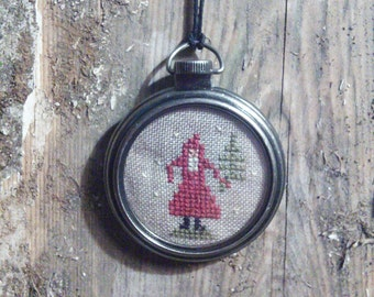 Primitive Santa necklace