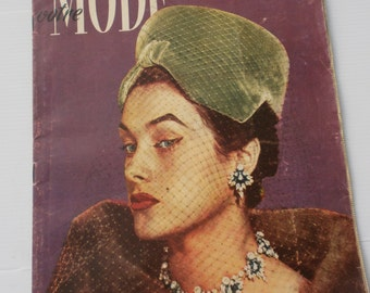 Vintage Fashion Magazine, 1950's, French, advertising, clothing, Modes de Paris, newspaper, fashion design, picture, dresses, clothes, retro