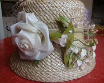 Vintage Bucket Hat With Flowers