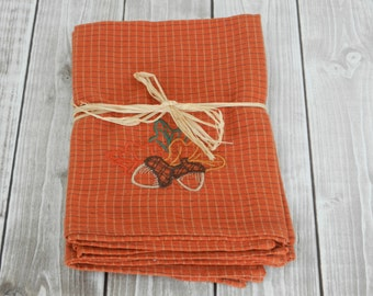 Embroidered Acorn Cotton Napkins