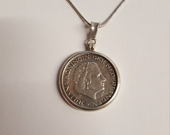 Sterling Silver Coin Necklace Juliana Koningin Der Nederlanden 1957 Pendent