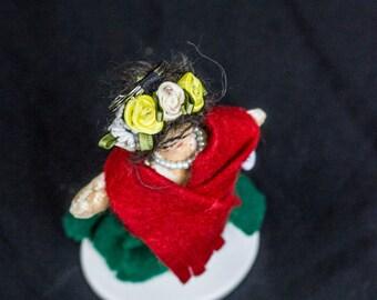Frida Kahlo keyring doll