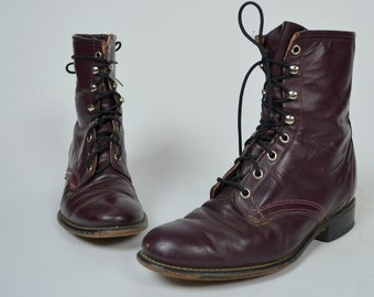 LAREDO | Womens 8 | 1980s Vintage Burgundy Purple Leather Lace Up Boots 80s Fall Booties