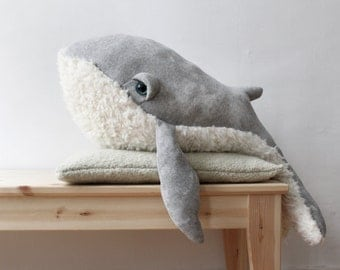 Big Grandpa Whale <O> Stuffed Animal <0> Plush Toy