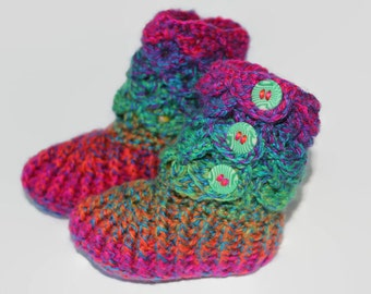 Toddler Booties, Baby Crocodile Shoes, Rainbow Booties, Childrens Slippers, Non slip soles, 12 to 18 months, MG002Fi
