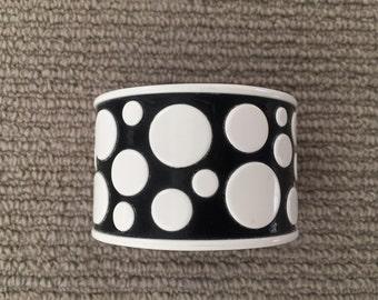 B&w polka dot bracelet - resin - JMP