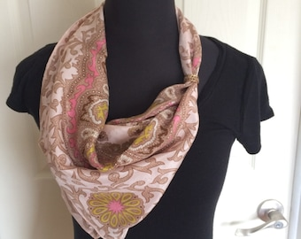 Vintage Paisley Pattern Silk Scarf in Pink, White and  Beige Hand Rolled Hem - FREE SHIPPING EVERYWHERE
