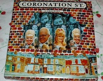 Coronation Street Christmas Crackers TV Soap Memorabilia Corrie British Soap Opera Set Of Six Partys Bet Reg Raquel Granada Television HTV
