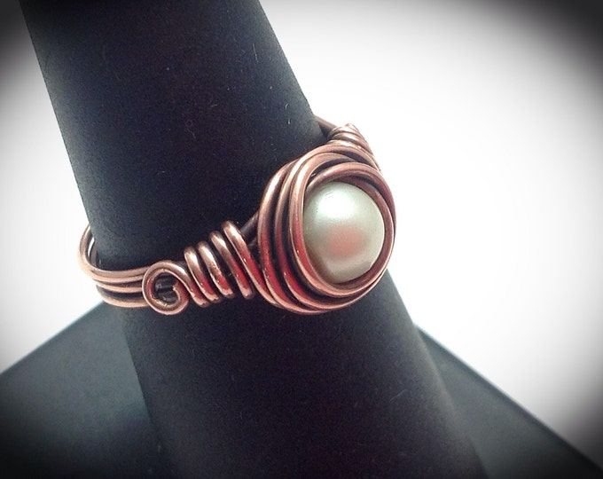 Antiqued wire wrapped ring with swarovski pearl focal