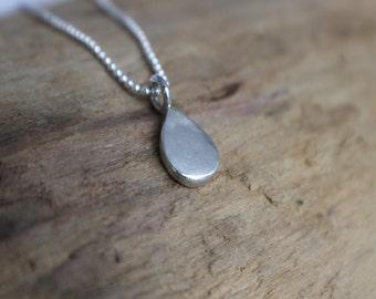 Water Droplet Silver Necklace - Silver Teardrop Necklace, Minimalist Silver Necklace, Water Droplet Necklace, Eco Friendly Necklace