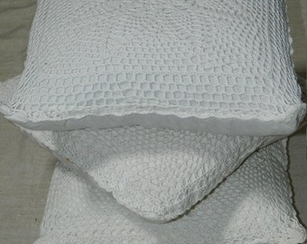 lot of 3 cushions elders (cushion covers, old, crochetees)
