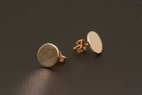 Solid 14k Gold Flat Round Button Stud Earrings