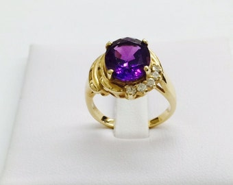 14k yellow gold amethyst and diamond ring; 11x9 mm oval amethyst ; 4  diamonds, February birthstone; Gift for her. ON SALE