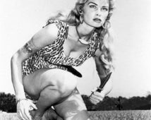 Joy Harmon -actress - star of Village of the Giants BATMAN My Three Sons Gomer Pyle  autograph Signed Autographed index card +2free prints