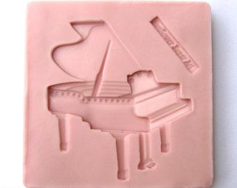 Grand Piano Mold