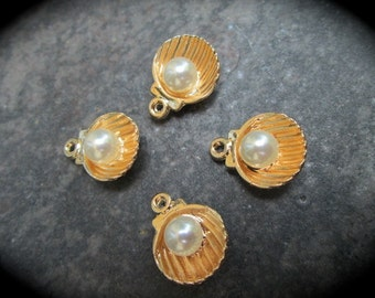 Gold Sea Shell Charms with Pearl accents antique gold finish Package of 4 charms perfect for adjustable bangle bracelets Beach theme charms