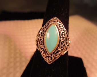 Southwestern Sterling Silver Turquoise Ring - 9