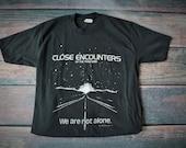 1977 Close Encounters T/Fits Like: Medium