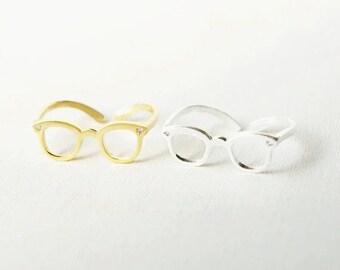 Optometry Glass Ring